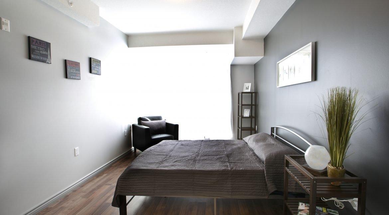 275 Bedroom